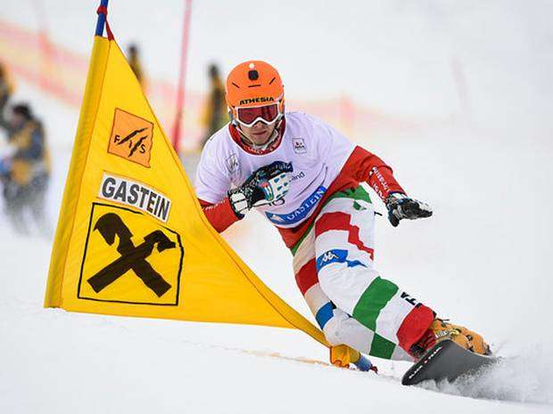Christoph Mick in frontside argento nel PSL WC Bad Gastein (foto Miha Matavaz)