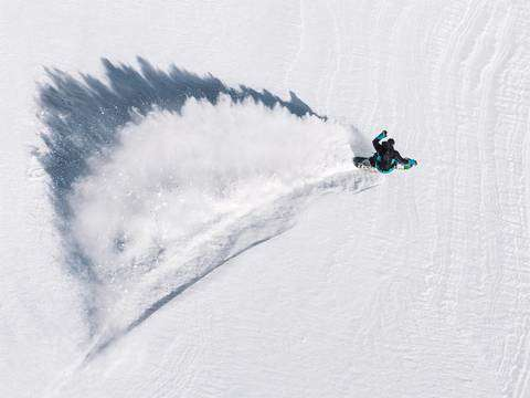 Click on The Mountain miglior foto snowboard (foto Ohoto HIISHII rider Simon Gruber)