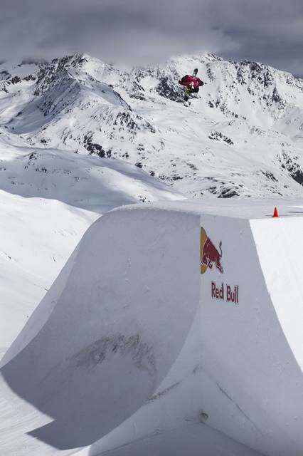 Red Bull Innsnowation in Val Senales (foto Damiano Levati)