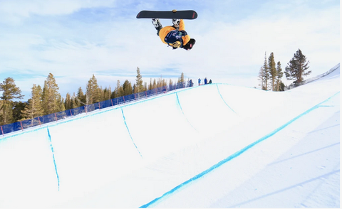 Qualificazioni Half Pipe Mammoth Mountain (foto fis snowboard)